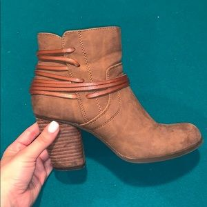 Madden Girl Short brown booties